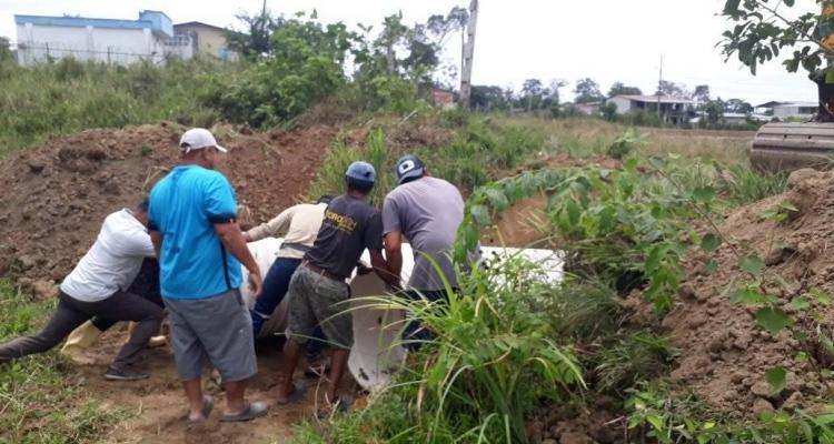 GOBIERNO PARROQUIAL REALIZA DESVIO DEL RIO EL MASATO